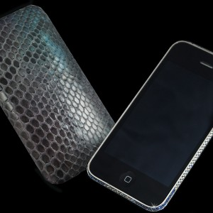 Iphone 3GS Diamond Sapphire and Python edition